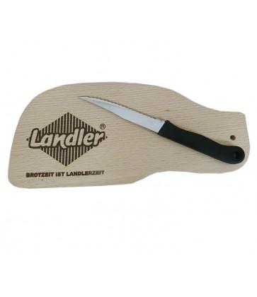 Brotzeitbrettl mit Messer